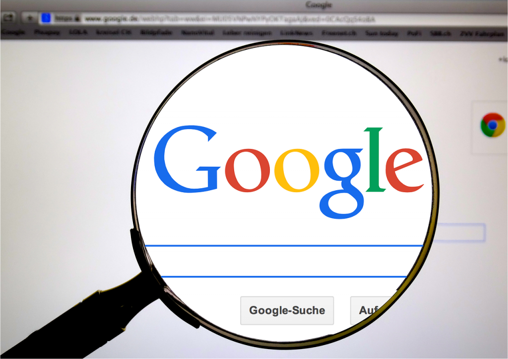 SEO guy checking for google algorithm update